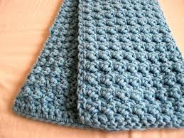 Knitted Scarf Patterns Using Bulky Yarn Amazing Easy And Textured Scarf Crochet Pinterest Super Bulky Yarn