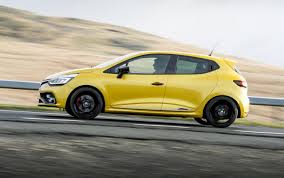 2018 renault megane trophy. delighful renault 2018 renault clio rs trophy 220driving on renault megane trophy