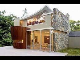 Arquitectura Contemporánea En Un Entorno Natural Gracias A Un Fachada De Piedra Natural