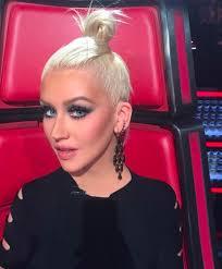 2016 christina aguilera behind the scenes of the voice usa topknot christina aguilera makeup