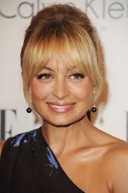 Best Hairstyles For Oval Faces 48 Best The Best Bangs For Your Face Shape Glamour