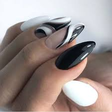 Black And White Nails Trend For Almond Nails Nehty White Nails