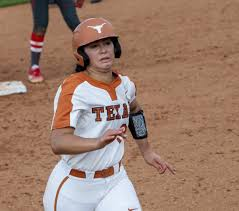 Photo Gallery: Texas Softball v Houston Game One 5-2/Game Two 7-0 - Horns  Illustrated