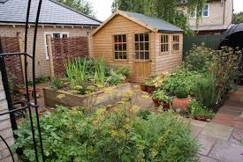 Small Picture Town Garden Design in Cambridge Courtyard Gardners Gardens