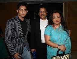 Udit Narayan Wiki, Age, Wife, Family, Biography & More – WikiBio