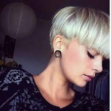 Leuke Bloempot Kapsels Hair Kapsels Bloempotkapsel En Haar