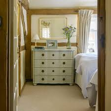 Hgtv Small Bedroom Makeovers Bedroom Makeovers For Small Rooms Small Bedroom  Interior Design Photos Decorating Ideas For Small Bedrooms