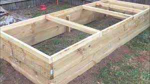 how to build an outdoor reptile enclosure