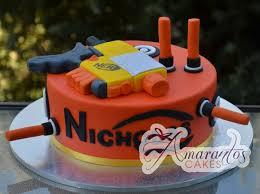 Base with Nerf gun NC245 Amarantos Cakes