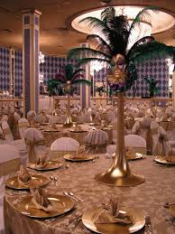 Masquerade Mask Table Decorations Don't look at the mask but the green feathers are your color 38