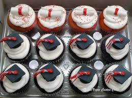11 With Cupcakes Graduation Cakes 2016 Photo Graduation Cupcake