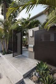 Modern Homes Main Entrance Gate Designs Pin By Angela Diongzon On Home Modern Fence Design Modern