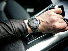 simple man tips for rocking an oversized watch