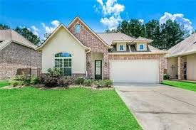 Check out this home I found on Realtor.com. Follow Realtor.com on  Pinterest: https://pinterest.com/realtordotcom | Real estate, My house,  Mansions