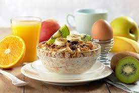 Co Polacy jedzą na śniadanie? – Zwierciadlo.pl