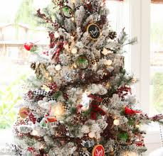 Plaid Christmas Tree Cabin Chic Winter Woodland Christmas Tree Style The Happy Housie