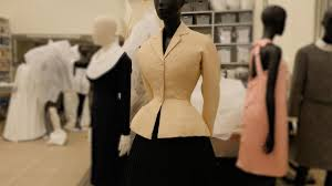 Fashion unpicked: The 'Bar' suit by <b>Christian Dior</b> - YouTube