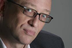 <b>Klaus Hemmerle</b> wurde 1960 in Offenburg geboren und studierte an der <b>...</b> - x250