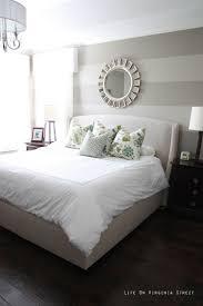 Gray And White Bedroom Ideas - Redmotif.com