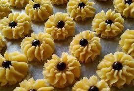 Selain lebih cantik, nastar daun ini lebih renyah dan tasty! 8 Resep Kue Kering Lebaran Dan Gambarnya Terlengkap Untuk Usaha