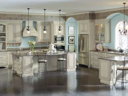 diamond cabinets review classic diamond kitchen cabinets diamond kitchen cabinets crown molding