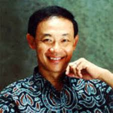 Jose Mari Chan. Let's sing Merry Christmas and a happy holiday;This season may we never forget the love we have for Jesus;Let him be the one to guide us as ... - Jose-Mari-Chan