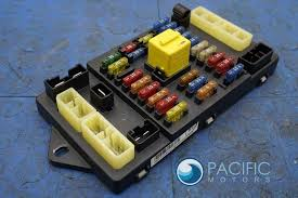 bentley page 3 pacific motors left trunk fusebox fuseboard fuse relay panel pm55189pa oem bentley arnage