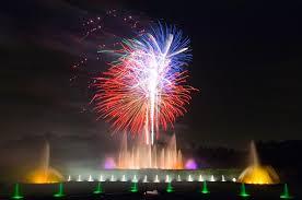 fireworks fountain show