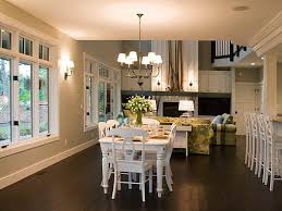 View in gallery Bright Craftsman-style dining room