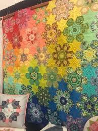 732 best English Paper-piecing & Honeycomb quilts images on ... & Amish Quilts, English Paper Piecing, Quilt Modern, Hexagons, Celebration,  Patchwork, Mosaic, Jelly Rolls, Modern Quilting Adamdwight.com