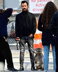 Jun 07, 2021 · justin theroux says he feels like a jerk over this justin theroux is apologizing to fans. Justin Theroux Looks Suave In A Blazer And Turtleneck During A Photoshoot With His Beloved Puppy Kuma Oltnews