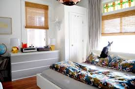Awesome 5 Ways To Make Your Small Bedroom Feel Bigger How To Make Small  Bedroom Look ...