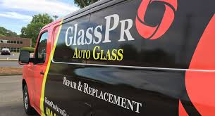 need your damaged car or truck windshield repaired in atlanta ga we specialize in mobile glass repairs we ll bring our glass repair to you