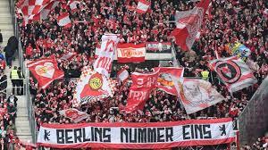 Der 1.fc union berlin aus dem berliner ortsteil köpenick wurde 1966 gegründet, basiert jedoch auf dem bereits 1906 entstandenen f. Die Hauptstadt Hat Eine Neue Nummer Eins Union Berlin B Z Berlin