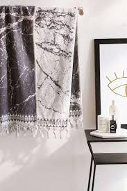 Best  Bath Towel Decor Ideas On Pinterest - Bathroom towel design