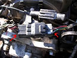 how to megasquirt your st gen probe turbo mazda mx forum find the ldquogreenrdquo wire note which wire at the distributor is connected to this at the base of the distributor snip the wire and separate from the rest
