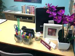 decorating your office desk. Cubicle Decor Ideas For Work Decorating Office Birthday Home Trend Decoration Desk Gallery . Your T