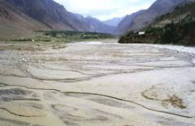 Сели в Таджикистане tajik development gateway на русском языке Возникающие в предгорной и среднегорной зонах сели часто затухают до выхода из гор Наиболее мощные из них выходят на равнины