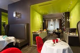 Hotel Le petit Paris, France - Booking.com
