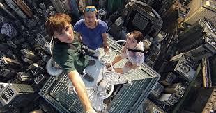 The 30 Most Extreme Free Climbing Selfies Ever. Vertigo Sufferers ...