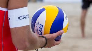 Tidak heran bahwa olahraga ini jadi salah satu favorit orang indonesia. Permainan Bola Voli Pengertian Sejarah Peraturan Teknik Dasar Bola Voli Salamadian