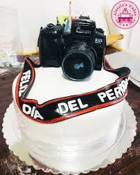 Journalist Photographer Fondant Cake Alessias Cakes Italian