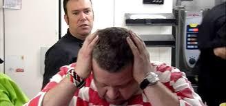 chicote en pesadilla en la cocina