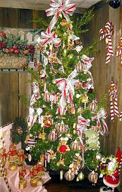 Candy Cane Christmas Tree  DIY Cozy HomeChristmas Tree With Candy Canes