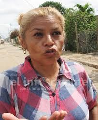 En El Yabal viven entre el excremento y la basura | Diario El Informante