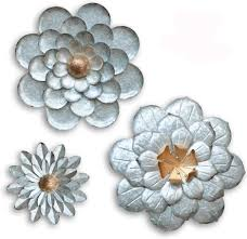 Rated 4 out of 5 by kmblessed from botanical banner is perfect for spring or summer! Amazon Com Giftme 5 Galvanized Flowers Wall Decor Set Of 3 Metal Flower Wall Art Everything Else