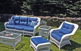 White Wicker Porch Furniture Decorations