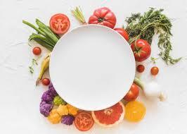 علائم و عوارض کمبود انواع ویتامین ها در بدن + درمان با تغذیه