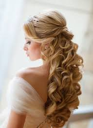 gorgeous half up half down hairstyle if you are blessed with long wavy thick hair