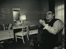 Ivan Sims, St. Louis, talks about demolition derby at De Pere., 1987  vintage press photo print | Historic Images